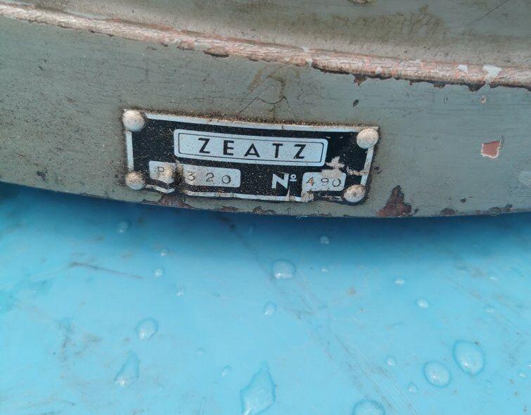 ZEATZ DIVIDING TABLE